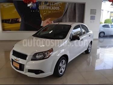 Chevrolet Aveo 4P LS AT A/AC. R-14 usado (2017) color Blanco precio $135,900