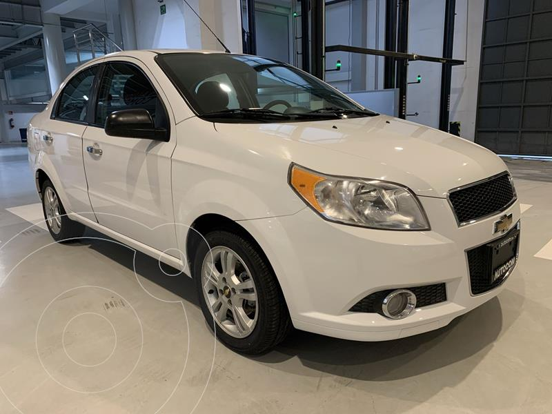 Foto Chevrolet Aveo LTZ Aut usado (2017) color Blanco precio $157,000