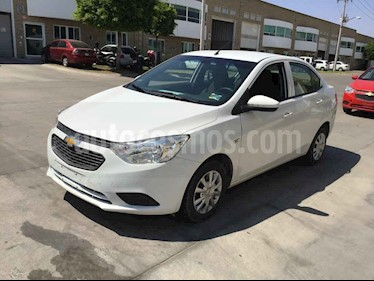 Chevrolet Aveo 4p LS L4/1.5 Man usado (2019) color Blanco precio $106,000