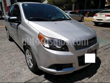 Chevrolet Aveo 4P LS AT A/AC. R-14 usado (2015) color Plata precio $99,000