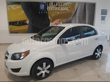 Chevrolet Aveo 4P LT TM5 A/AC. VE BA ABS R-15 usado (2018) color Blanco precio $168,900