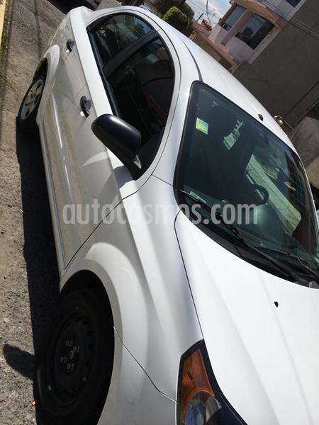 Chevrolet Aveo LS Aa radio (Nuevo) usado (2015) color Blanco precio $87,000