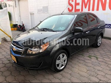 Chevrolet Aveo 4P LT AT A/AC. VE BA ABS R-15 usado (2017) color Gris precio $128,000