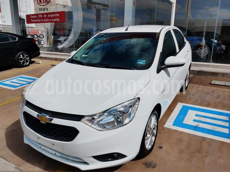 Chevrolet Aveo LT Aut usado (2019) color Blanco precio $175,500