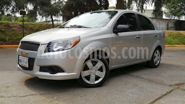 Chevrolet Aveo 4P LT TM5 A/AC. VE CD BLUETOOTH R-15 usado (2013) color Plata precio $99,500