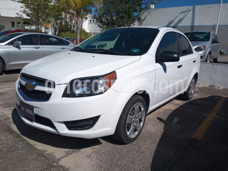 Chevrolet Aveo LT usado (2017) color Blanco precio $160,000