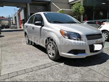 Chevrolet Aveo 4P LS TM5 A/AC. R-14 usado (2015) color Plata precio $105,000