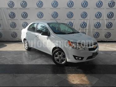 Foto Chevrolet Aveo LTZ usado (2017) color Blanco precio $174,000