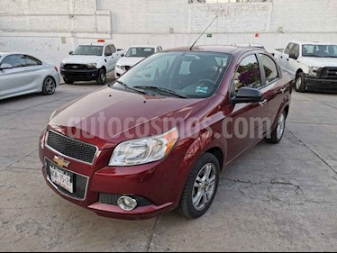Chevrolet Aveo 4p LTZ aut usado (2013) color Vino Tinto precio $110,000