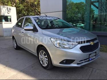 Chevrolet Aveo LT Aut usado (2019) color Plata precio $195,000