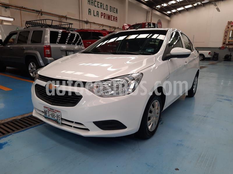 Chevrolet Aveo LS usado (2018) color Blanco precio $140,000