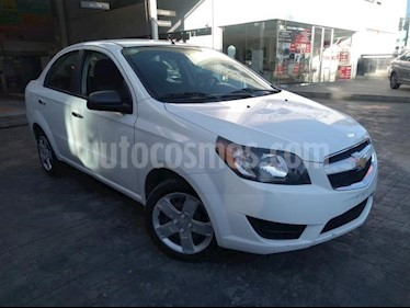 Chevrolet Aveo 4P LT AT A/AC. VE BA ABS R-15 usado (2018) color Blanco precio $147,000