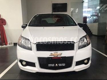 Chevrolet Aveo 4P LS TA A/AC CD R-14 usado (2015) color Blanco precio $119,900