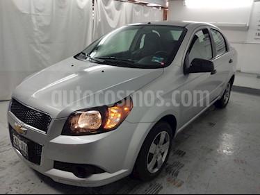 Chevrolet Aveo Paq M usado (2015) color Plata precio $94,900