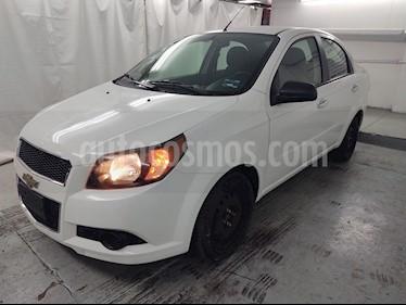 Chevrolet Aveo LS usado (2015) color Blanco precio $99,900