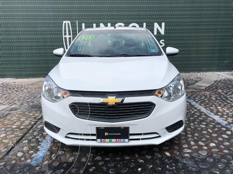 Foto Chevrolet Aveo LS Aut usado (2018) color Blanco financiado en mensualidades(enganche $42,250 mensualidades desde $4,800)