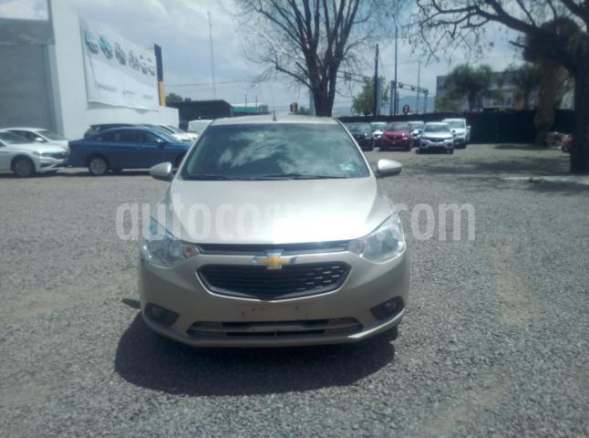 Chevrolet Aveo 4P LT L4/1.5 AUT. LINEA NUEVA usado (2018) color Beige precio $180,000