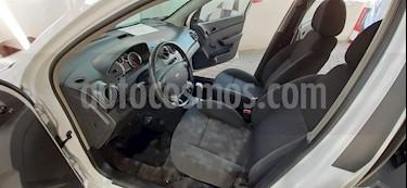 Chevrolet Aveo LS usado (2018) color Blanco precio $127,000
