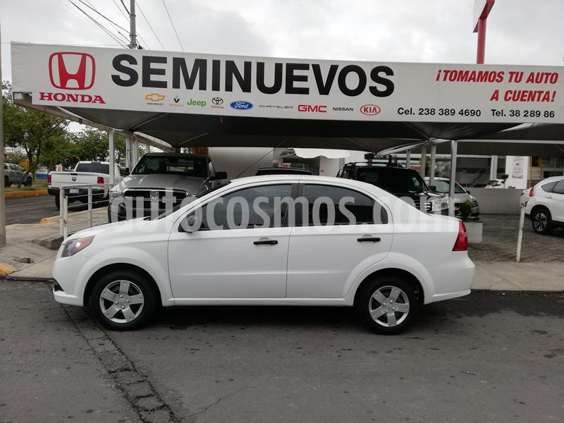Chevrolet Aveo Paq M usado (2017) color Blanco precio $133,000