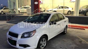 Chevrolet Aveo 4p LT L4/1.6 aut usado (2014) color Blanco precio $115,000