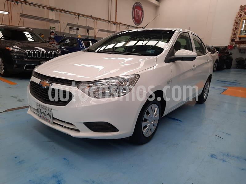 Chevrolet Aveo LS usado (2019) color Blanco precio $170,000