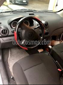 Chevrolet Aveo LS Aut usado (2017) color Plata Brillante precio $120,000