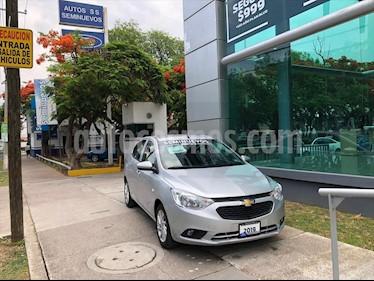 Chevrolet Aveo LT usado (2019) color Plata precio $189,000