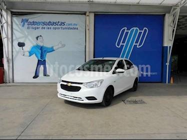 Chevrolet Aveo 4p LS L4/1.5 Man usado (2019) color Blanco precio $72,000