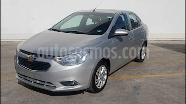 Foto Chevrolet Aveo LTZ Aut usado (2018) color Plata precio $144,900