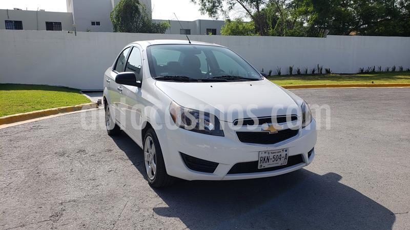 Chevrolet Aveo LT Bolsas de Aire y ABS Aut (Nuevo) usado (2017) color Blanco precio $129,000