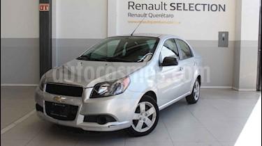 Chevrolet Aveo Paq B usado (2015) color Plata precio $135,000