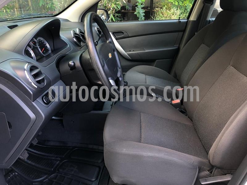 Foto Chevrolet Aveo LT usado (2018) color Plata precio $155,000