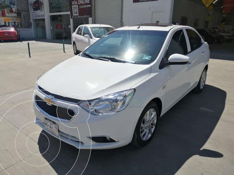 Foto Chevrolet Aveo LTZ usado (2020) color Blanco precio $230,000