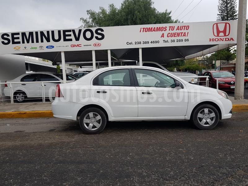 Chevrolet Aveo LS usado (2014) color Blanco precio $98,000