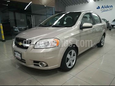 Chevrolet Aveo Paq C usado (2010) color Dorado precio $72,000
