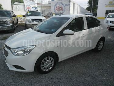 Chevrolet Aveo LS Aa usado (2018) color Blanco precio $155,000