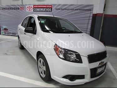 Chevrolet Aveo Paq B usado (2015) color Blanco precio $130,000