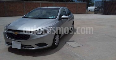 Chevrolet Aveo Paq B usado (2020) color Plata precio $179,900