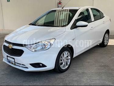Chevrolet Aveo 4p LT L4/1.5 Aut usado (2019) color Blanco precio $156,900