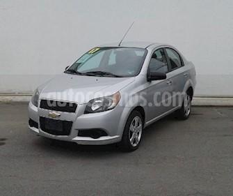 Chevrolet Aveo LT Aut usado (2017) color Plata precio $129,000