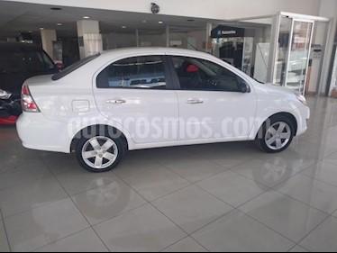 Chevrolet Aveo 4P LT AT A/AC. VE BA ABS R-15 usado (2018) color Blanco precio $147,000