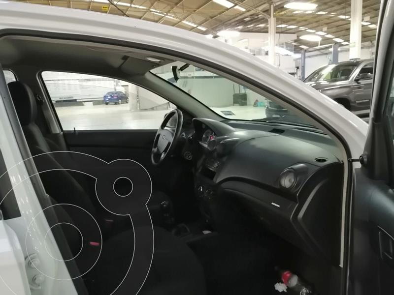 Foto Chevrolet Aveo LS usado (2018) color Blanco precio $149,500