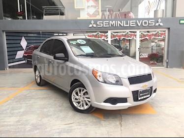 Foto venta Auto Seminuevo Chevrolet Aveo Paq C (2016) color Plata precio $145,000