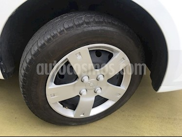 Foto venta Auto usado Chevrolet Aveo PAQ J AUT (2016) color Blanco precio $130,000