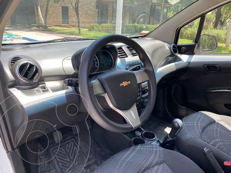 Foto Chevrolet Beat Hatchback LT usado (2018) color Blanco precio $189,900
