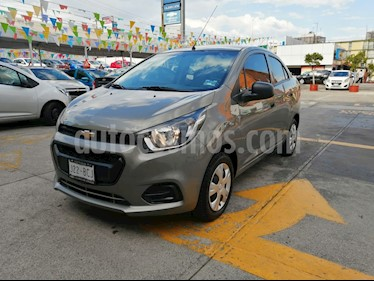 Foto Chevrolet Beat LT Sedan usado (2019) color Marron precio $196,000