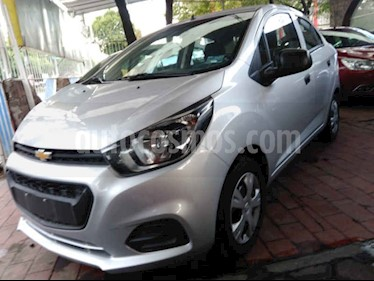 Foto venta Auto usado Chevrolet Beat LT (2019) color Plata precio $138,900