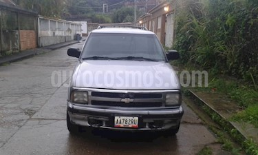Chevrolet Blazer Auto. 4x2  usado (1996) color Plata precio u$s1.600