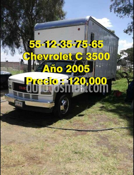 Chevrolet C-35 Estacas Heavy Duty usado (2005) color Blanco precio $120,000