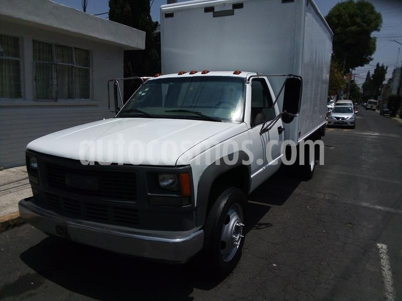 Chevrolet C-35 Estacas Heavy Duty usado (2000) color Blanco precio $131,800